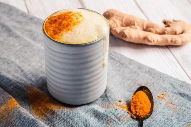 Wärmt Körper und Geist: Goldene Milch