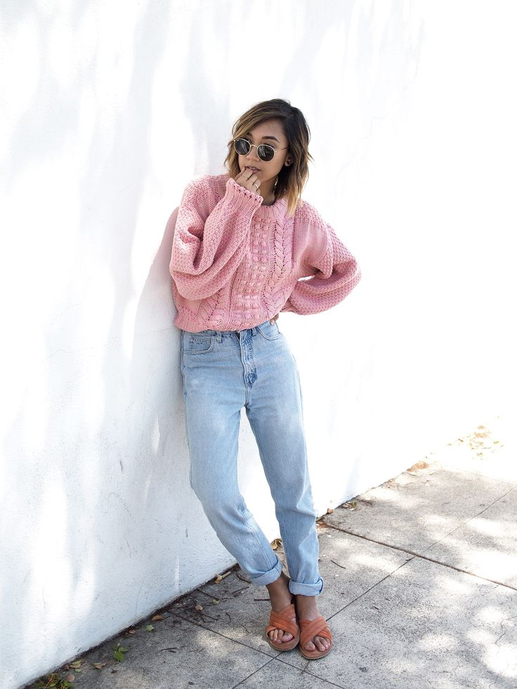 CHUNKY PINK KNIT - Unconscious Style @shhtephs  Chunky Pink Knit Sweater – H&M | Mom Jeans – Thrifted (Guess) | Sadie Suede Crosside Strap Sandal –Urban Outfitters | Round Metal Sunglasses – Ray Ban