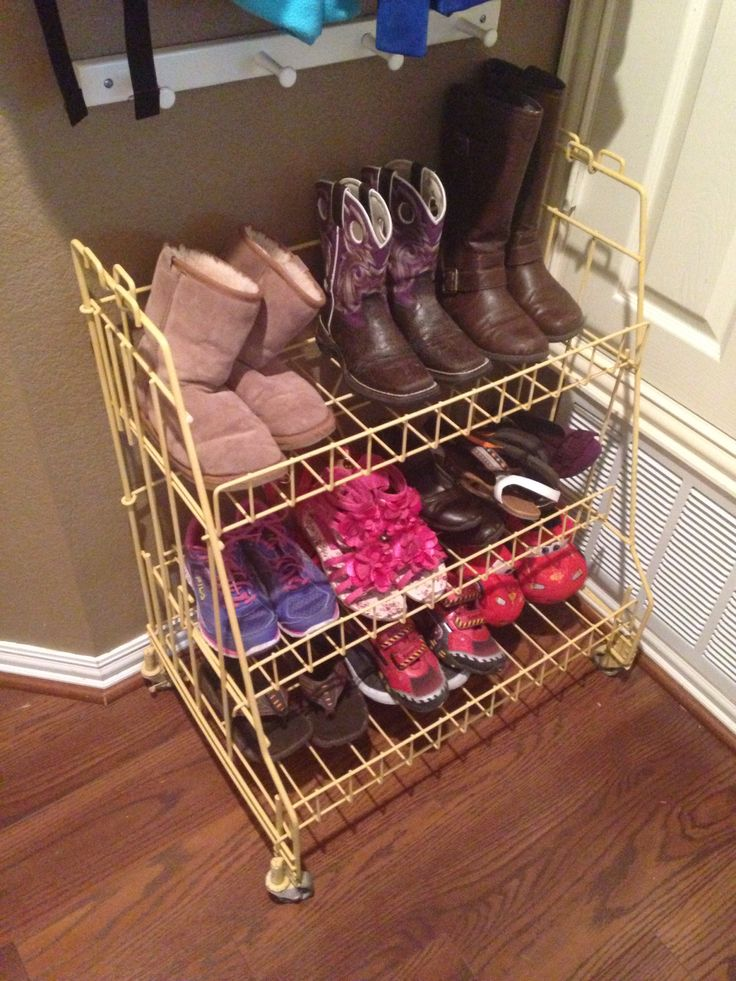 Best 25 kids shoe storage ideas on pinterest organizing kids shoes kids bedroom organization - Shoe storage small space pict ...