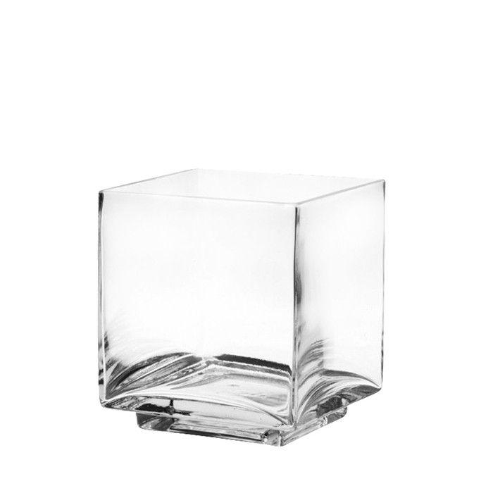 Glasvase eckig 8x8x9.5cm    Finden Sie bei DEPOT die passende Vase zu Ihrem Wohnambiente! Jede Vase ist ein formschönes und elegantes Dekorationsstück und verzaubert Ihr Zuhause im Handumdrehen.  Die Vasen von DEPOT bieten viele Dekorationsmöglichkeiten.    eckige Form  Maße: ca. 8x8x9,5cm  aus klarem Glas  Lassen Sie sich von Ihrer individuell ausgewählten Vase inspirieren und lassen Sie Ihrer Kreativität freien Lauf...    2,99€