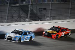 Danica Patrick and Martin Truex, Jr on track during the Cam-Am Duel #2, qualifying race for the Daytona 500, 2/18/16.
