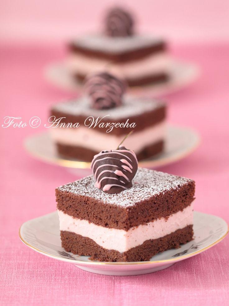 Czekoladowe  ciasto  truskawkowe na oleju rzepakowym @cafeamaretto