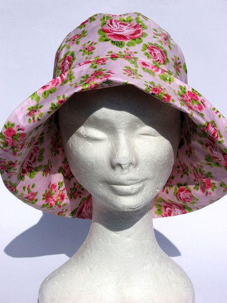 Hüte - Regenhut Blumig rosa pink - ein Designerstück von Janecolori bei DaWanda