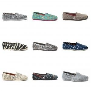 What's your style? Fashion Bloggers share your style for the chance to win a pair of TOMS Shoes