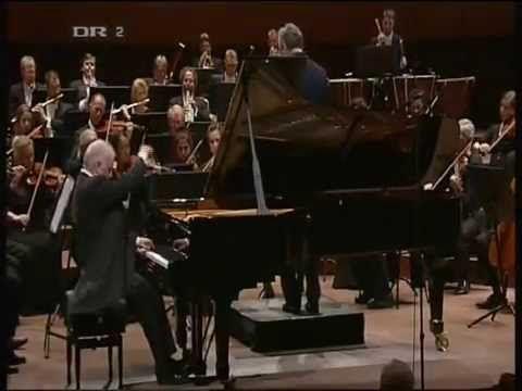 © Beethoven's 5th Piano  E-flat major, Op. 73 (Emperor) - Daniel Barenbo...