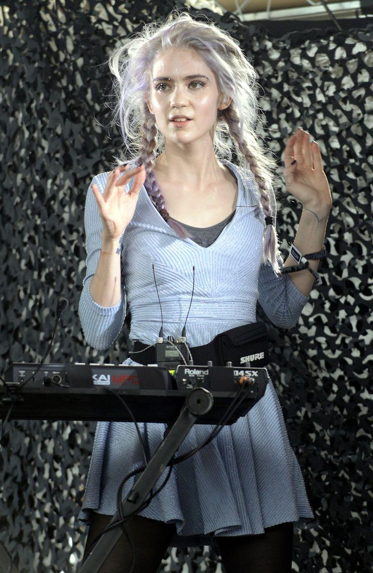 Grimes - Grimes Claire Elise Boucher, es una cantante, músico y directora de vídeos musicales canadiense que canta y toca con sintetizadores.(17 de marzo de 1988 (edad 27), Vancouver, Canadá)