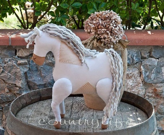SOFT HORSE  Cavallo di pezza by veronicacountrylife on Etsy, $58.00