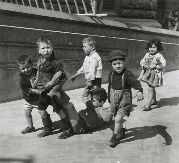 Children of Naples | 1938 | by Willy Ronis