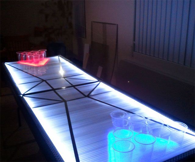 LED Beer Pong Table | DudeIWantThat.com