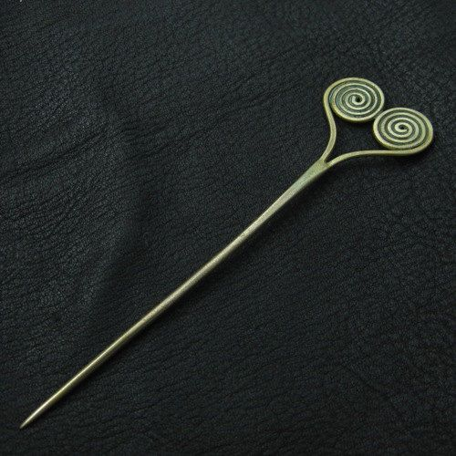 Bronze medieval pin by Sulik on Etsy