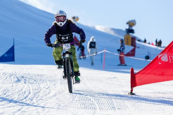 Mophie Mountain Bikes on Snow - A mountain bike race from the top of Coronet Peak Ski Resort