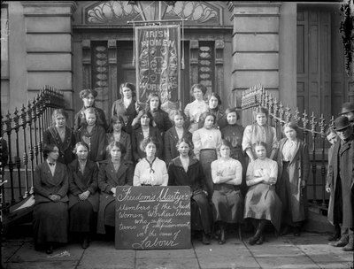 Members of the Irish Women's Workers' Union on the steps of Liberty Hall, c. 1914. The Union was founded in 1911. #Irish #History