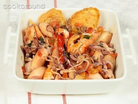Zuppa di calamaretti: Ricette di Cookaround   Cookaround