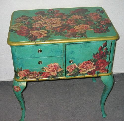 Fabulous Love this painted cabinet table