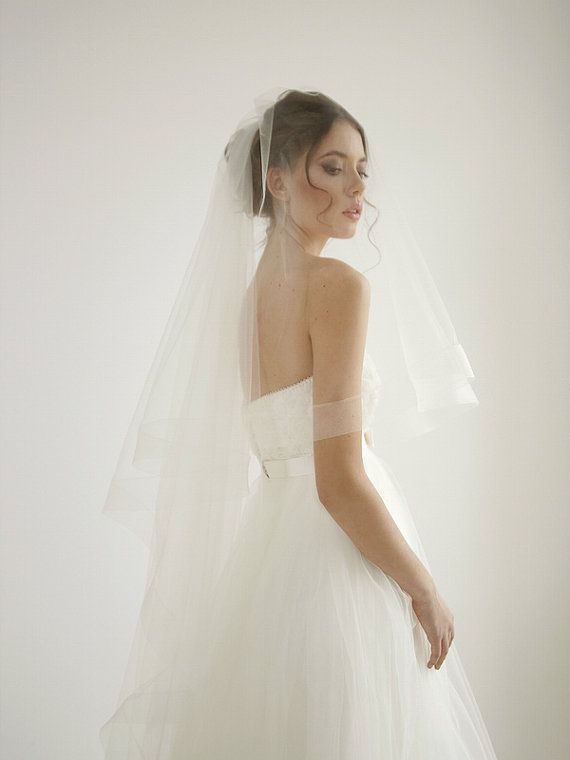 25 Horsehair Ribbon Cathedral Wedding Veil With Blusher