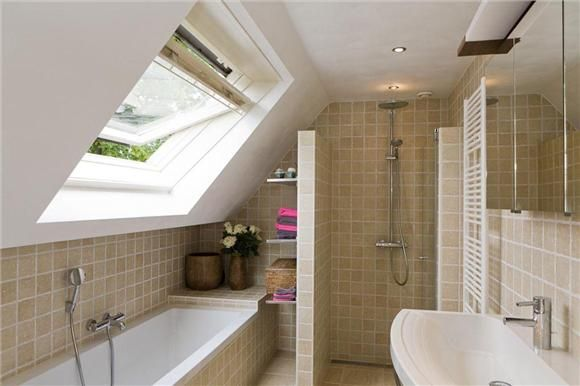 Love the use of shelves on the tub side of the half wall. And the heated towel rack!