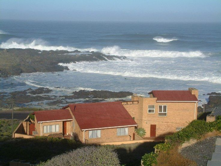 Lewens-Essens Bed and Breakfast - We are proud to introduce and  welcome you to Lewens-Essens Bed and Breakfast where you will find essence for the soul. Unobstructed 180 degree views will reward you with the most stunning sunsets.  We ... #weekendgetaways #yzerfontein #southafrica