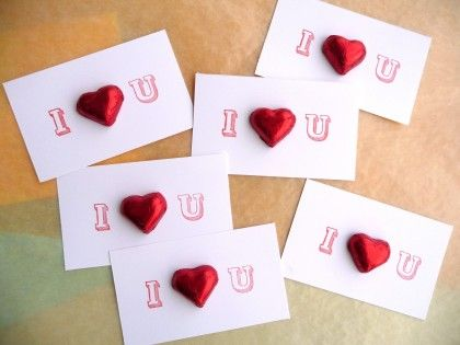 change the i and u, to initials of bride and groom as wedding favours