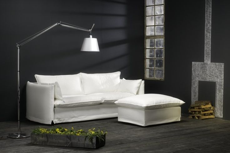 Imagine a Sunday relaxing on our Zipper sofa. Just put your feet up and enjoy the feeling. Zipper sofa has completely removable and washable cover with duck feather and foam filling. Designed by Anne Kosonen, Junet.