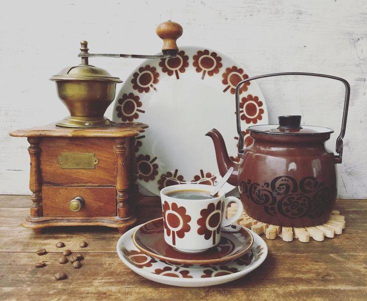 """301 mentions J'aime, 13 commentaires - Henna (@kaikkeaihanaa) sur Instagram: """"Päivän kahvihetki ☕️ Mukavaa keskiviikkoa! ☺️👋 #kahvi #itsejauhettu #pannukahvi #paulig…"""""""