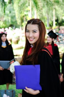 Tips for Student Success {Helpful Hints from Kanars The Confident Student}  Learn how to be a successful college student with info in this article.