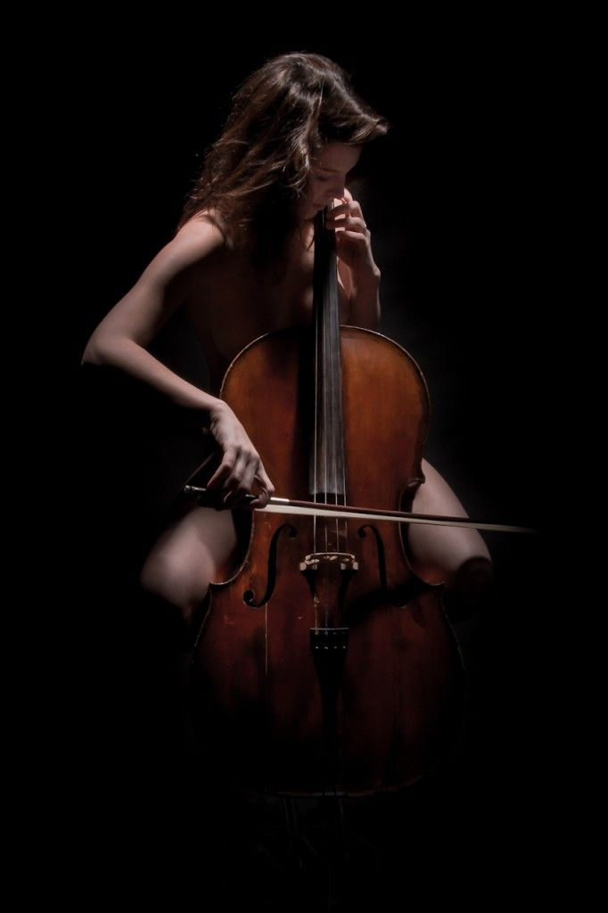 Think, that nude woman playing violin