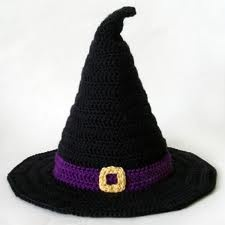 halloween crochet hat... no plans attached but could look it up easily for something so cute!!