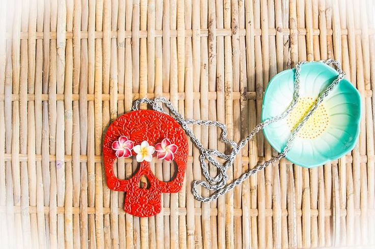 Los Muerto Red Chica necklace