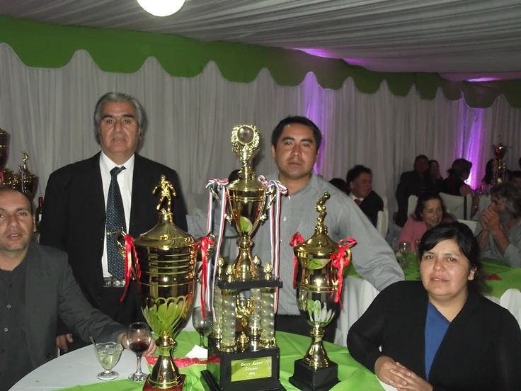 LOS TROFEOS OBTENIDOS EN EL CAMPEONATO ANFA (ASOCIACION NACIONAL DE FUTBOL AMATEUR) 2012
