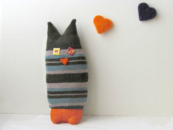 Upcycled Owl stripe  Soft and cuddling plushies by theYarnKitchen, $33.00: Crafts Ideas, Socks Puppets, Cute Ideas, Owl Stripes, Great Friends, Owl Plushies, Cuddling Plushies, Upcycled Owl, Heart Etsy Treasuri
