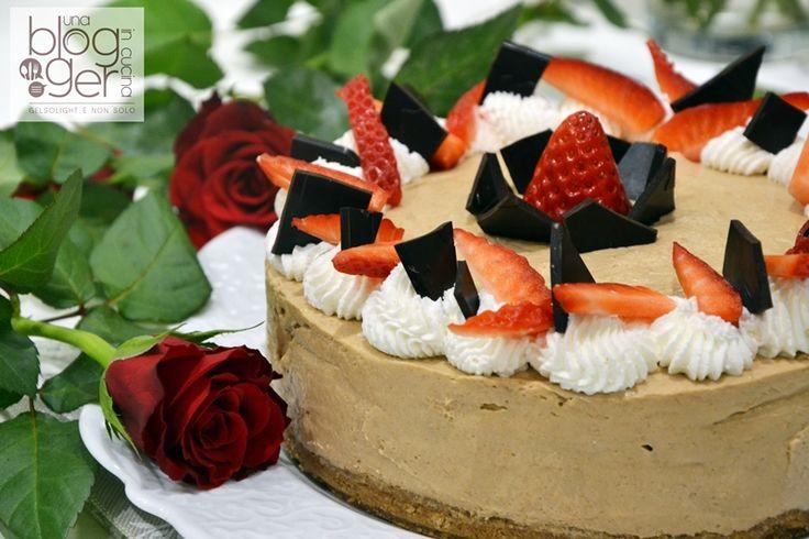 Un dolce senza cottura, semplicissimo da preparare! Se segui il video non potrai sbagliare: preparare il cheesecake non è mai stato così semplice! Ti servi