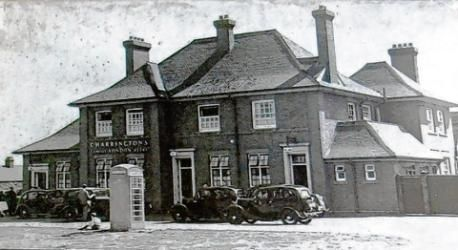 Tracing the history of The Oak. 12:27pm Wednesday 5th December 2012 in Memory Lane. Thurrock Gazette: The Oak in Lodge Lane The Oak in Lodge Lane