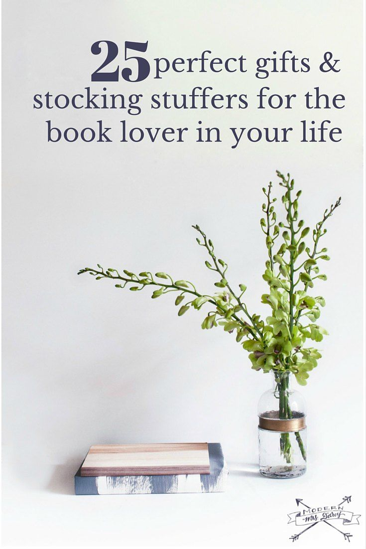 25 perfect gifts and stocking stuffers for the book lovers in your life