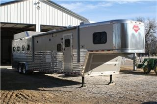 Hart Horse Trailers 2008 Ultimate Outlaw Conversion W/ SLIDE OUT Horse Trailer ~ Wow!