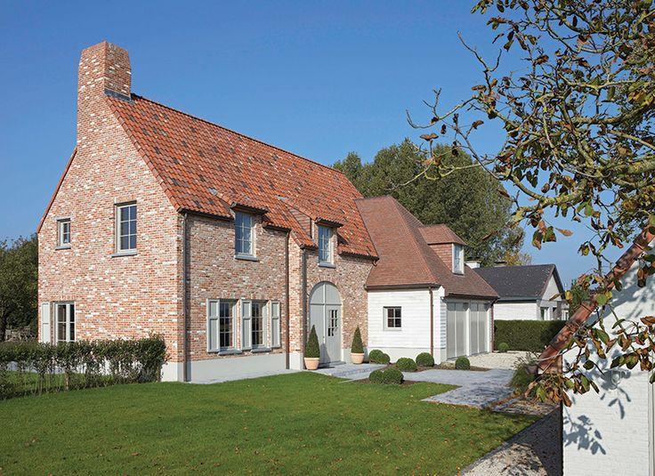 Landelijke woning google zoeken huis pinterest villas and modern for Modern huis binnenhuisarchitectuur villas