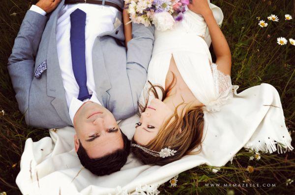 Desde el año 2000, Pantone Color Institute ™ ha designando un color del año para expresar lo que está ocurriendo en el espíritu global de la época. Para el próximo año se han decantado por orquidea radiante, un tono que reúne la armonía del fucsia y los tonos púrpura y rosa. Así que te traemos algunas ideas inspiradoras para que tengas una boda en color orquídea radiante en 2014.