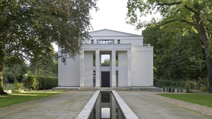 himmel im haus neubau villa im neoklassizistischen stil. Black Bedroom Furniture Sets. Home Design Ideas
