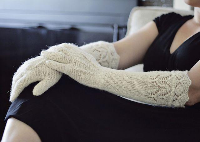 Ravelry: Mary's Best Gloves pattern by Dagmar Mora