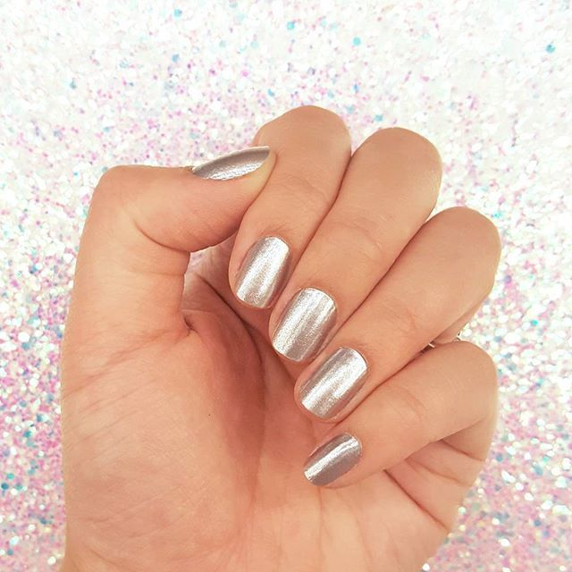 "Classic silver ""Heavy Metal"" is perfect for wearing with everything - what's on your nails this Labor Day Weekend? #incoco #metallicnails #spacenails #silvernails #nailsofinstagram"