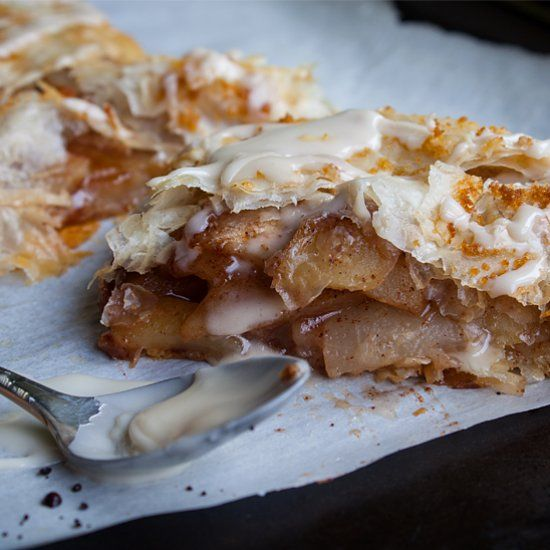 Easy apple and pear strudel made with phyllo dough ...