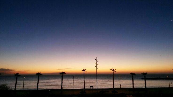 12h mas tarde amanecer en barcelona barcelona pinterest - Cubina barcelona ...