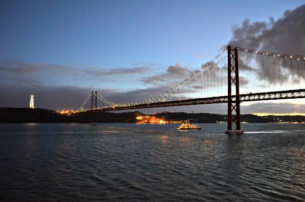 One day (and night) in Lisbon, Portugal - Cruise Maven Travels