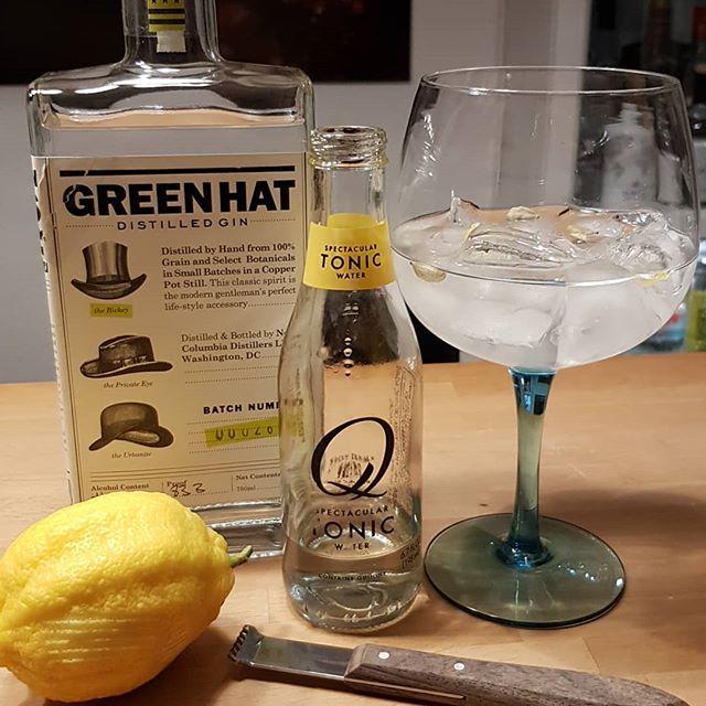 Green Hat Gin from @dcdistillers QTonic cardamom lemon peel. #gintonic #gin #gt #tonic #greenhatgin #dandywithlens DandyWithLens.com