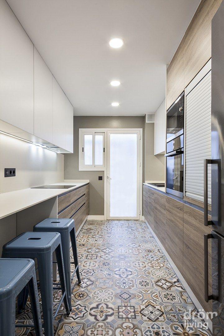 M s de 25 ideas incre bles sobre colores de cocina en - Reforma piso completo barcelona ...