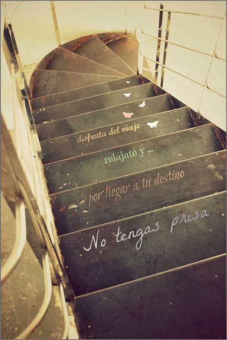Escaleras con mensajes
