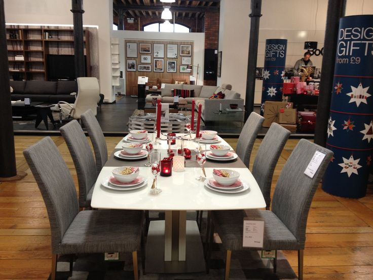 BoConcept Occa Expanding Table and Nico Chairs Design Dining