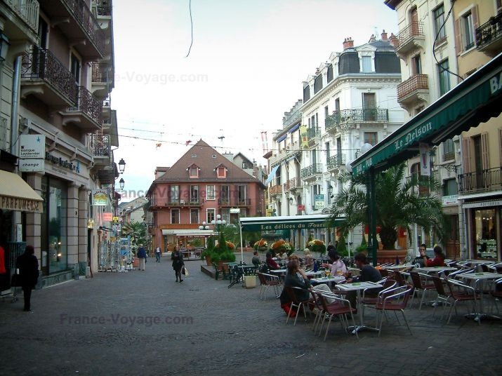 Place Carnot Aix-les-bains