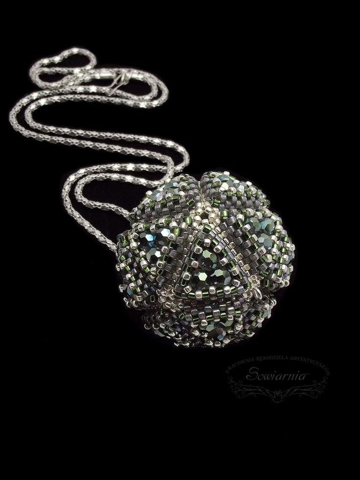 Regular icosahedron pendant,  beaded bead geometric pendant,  single triangle pattern by Gillian Slone
