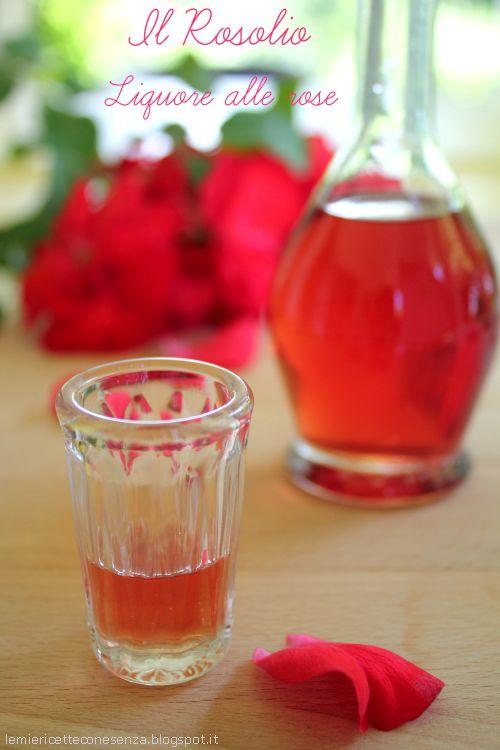Liquore Rosolio - Rose infused Vodka