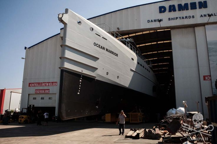 La flotte de Sea Shepherd, la fameuse organisation environnementale qui traque sans relâche les chasseurs illégaux de baleines, s'enrichit d'une nouvelle arme à son arsenal… Et...